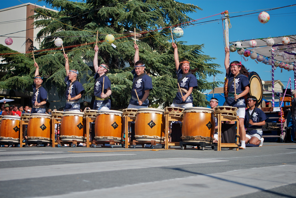 San Jose Taiko performance at Obon by http://www.flickr.com/photos/34186459@N00/7591032010/